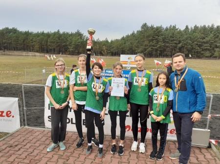 Niebywały sukces sportowy naszych uczennic!!! Pierwsze miejsce na Mazowszu w Sz